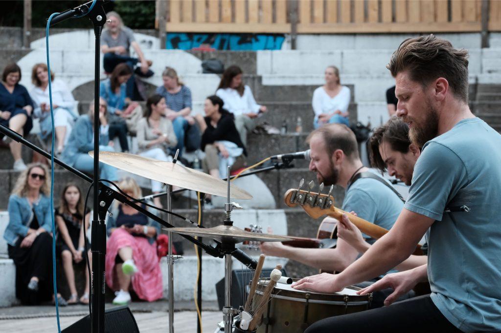 Steve Savage und seine Band waren der erste Konzert-Act in diesem Jahr im Bürgerpark Maria Lindenhof.