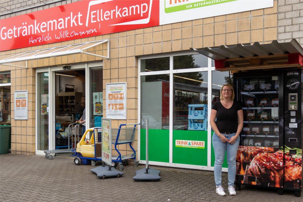 Vor dem Getränkemarkt Ellerkamp in Heek steht die Regio-Box jetzt seit knapp drei Wochen.