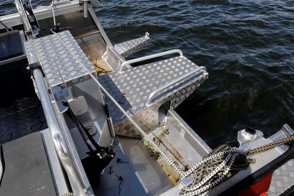 Hier befanden sich die beiden Außenbordmotoren des Rettungsbootes Lea.