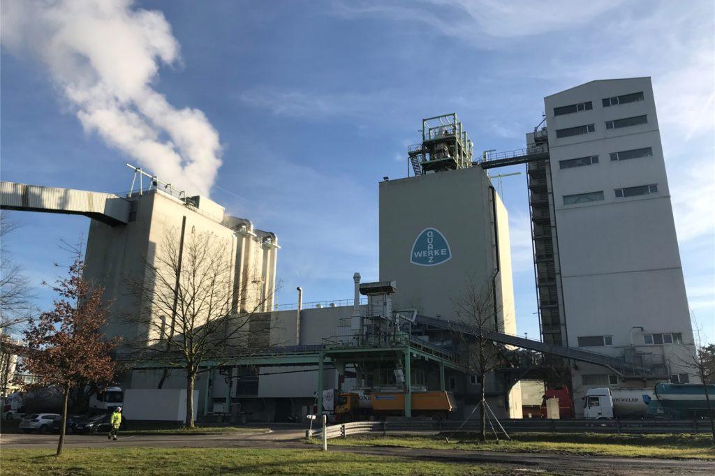 Die Quarzwerke am Standort in Sythen werden derzeit ausgebaut. Unter anderem entsteht ein zweiter Siebturm.