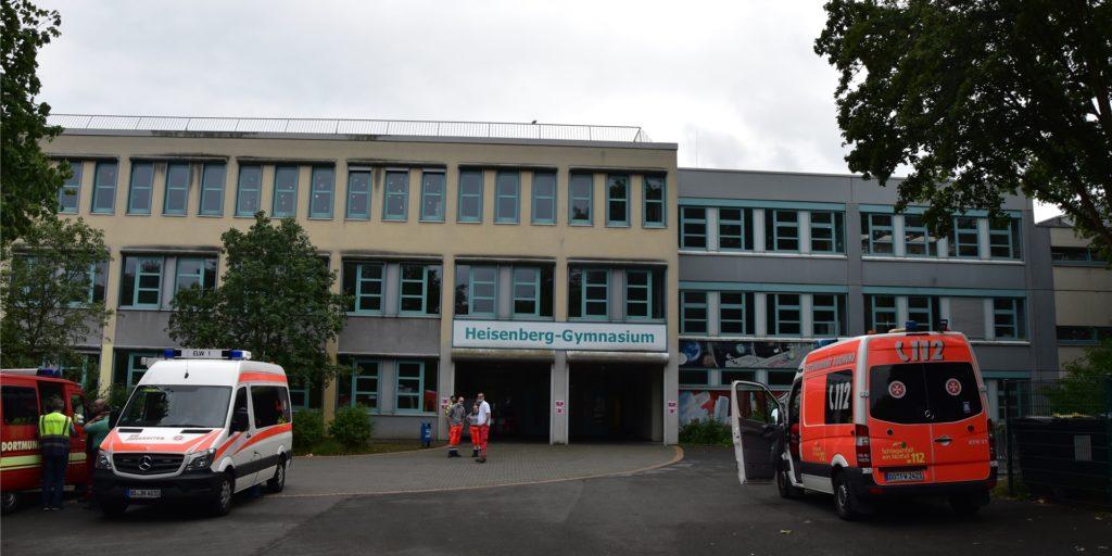 Im Heisenberg-Gymnasium war die Evakuierungsstelle bei der Blindgänger-Entschärfung in Eving eingerichtet. 24 Personen durften hier nicht unterkommen, weil sich sich wegen Corona-Verdachts in häuslicher Quarantäne befinden.