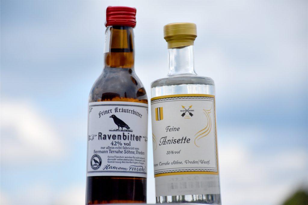Ravenbitter und die feine Anisette – gemeinsam ergeben sie das Vredener Visitenschnäpsken: