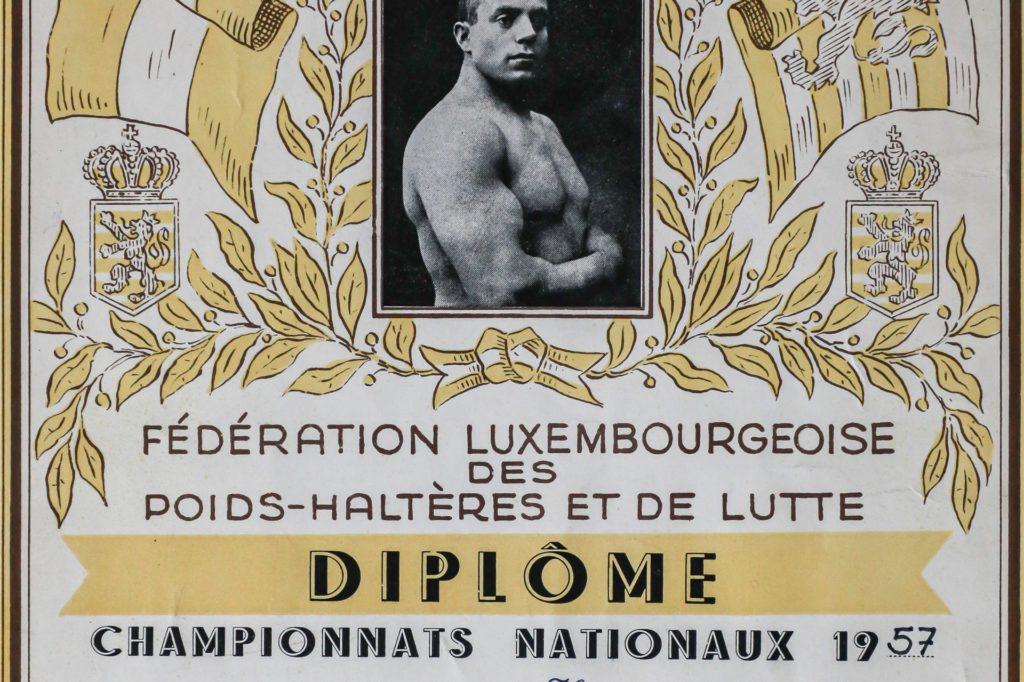 1957 holt Henseler als Freistilringer den ersten Platz bei einem Turnier in Luxemburg.