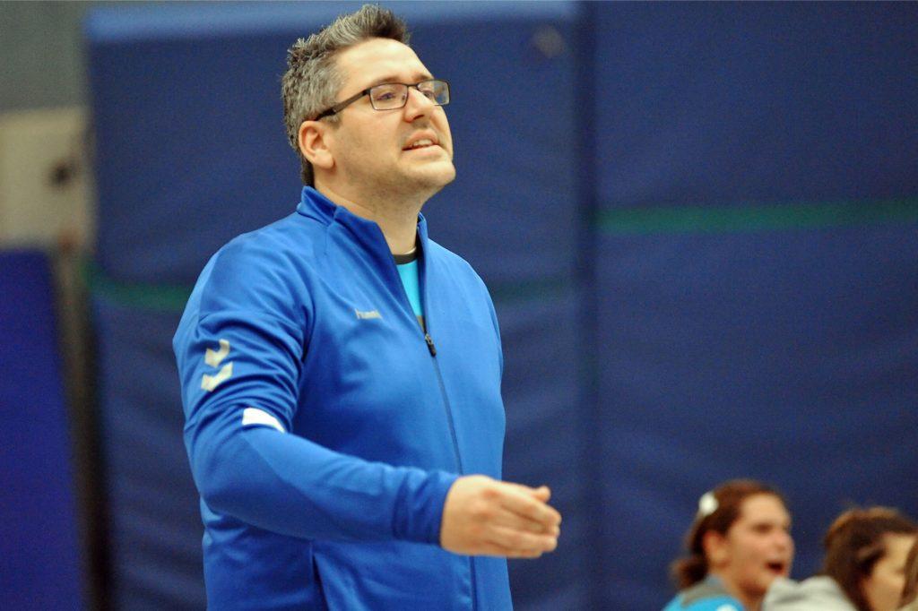 Fabian Wolf, Trainer der Handballerinnen im TuS Ickern.