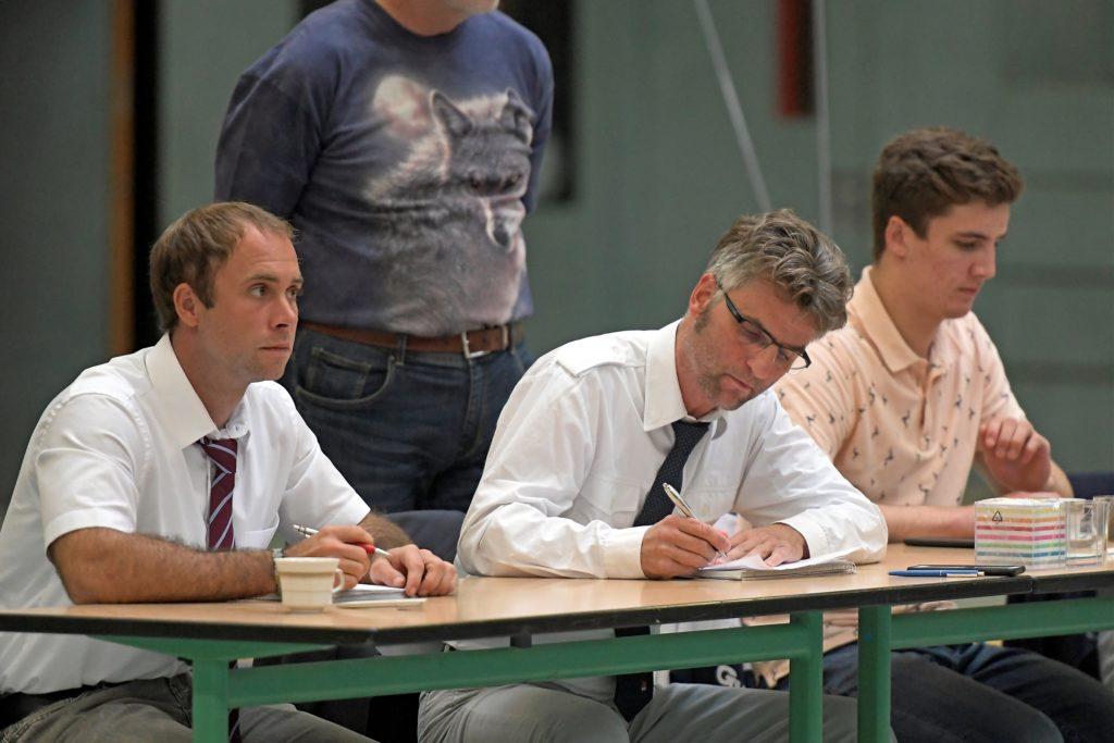 Auch dem Kampfrichter Clemens Bonin (SuS Stadtlohn, M.) bleiben Einsätze in der Oberliga vorerst versagt.