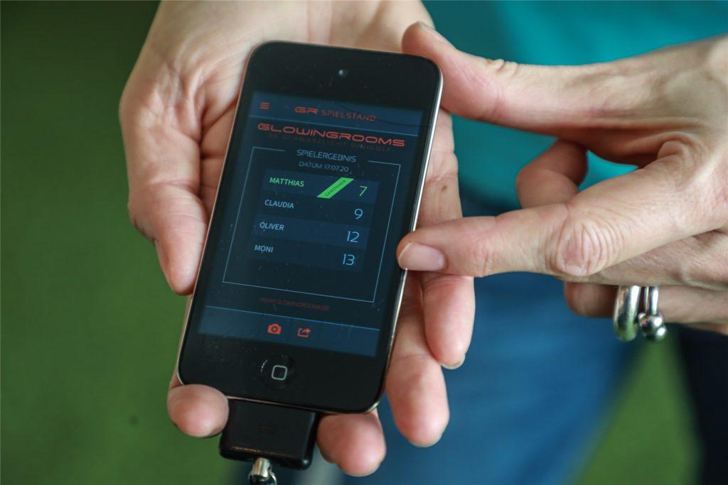 Die herkömmliche Scorekarte wird durch eine App und einen iPod ersetzt.