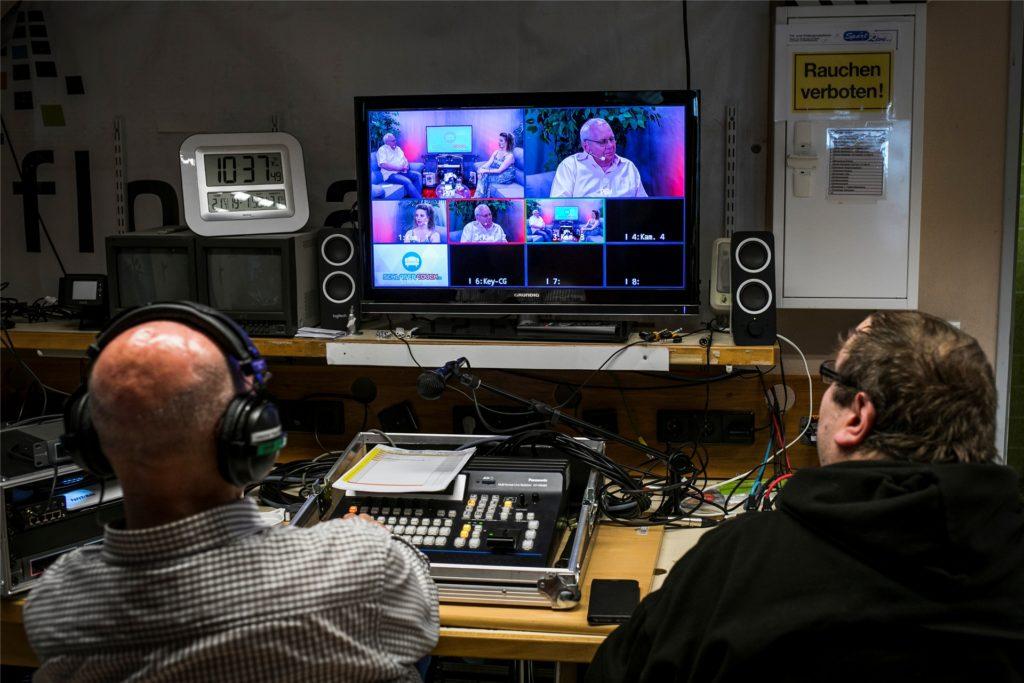 Das Team von Sportlive erledigt hinter der Kamera einen ebenso wichtigen Job, wie Uwe Kisker und Nicole Kruse davor.