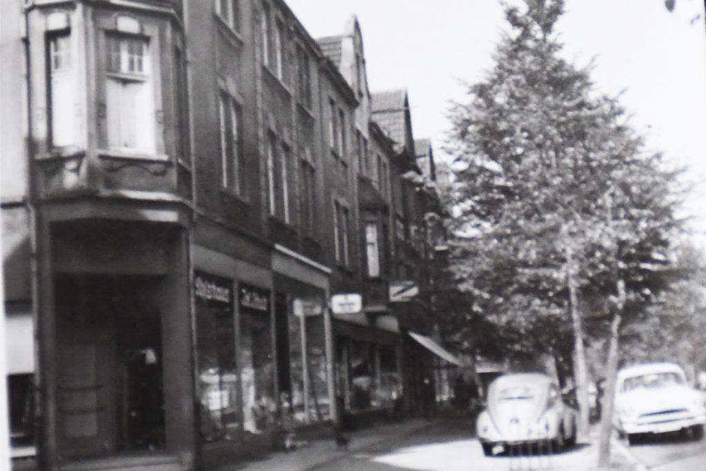 Stark verändert hat sich die Kreisstraße im Laufe der Jahre.