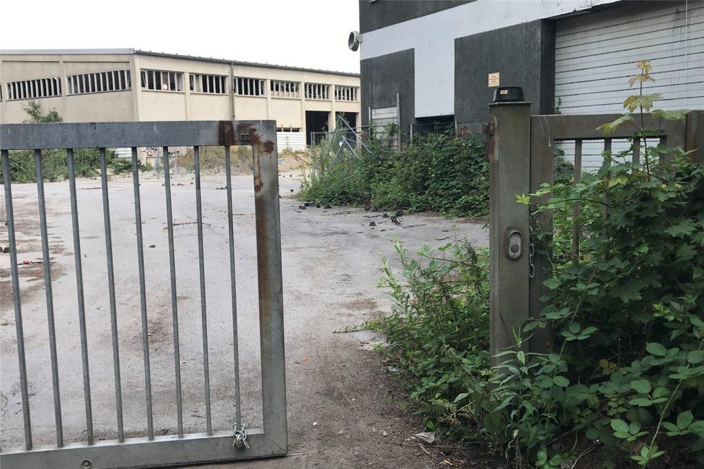 Der alte Betriebshof des Stadtbetriebs EUV an der Herner Straße hinter der HEM-Tankstelle. Das Tor wird immer wieder geknackt.