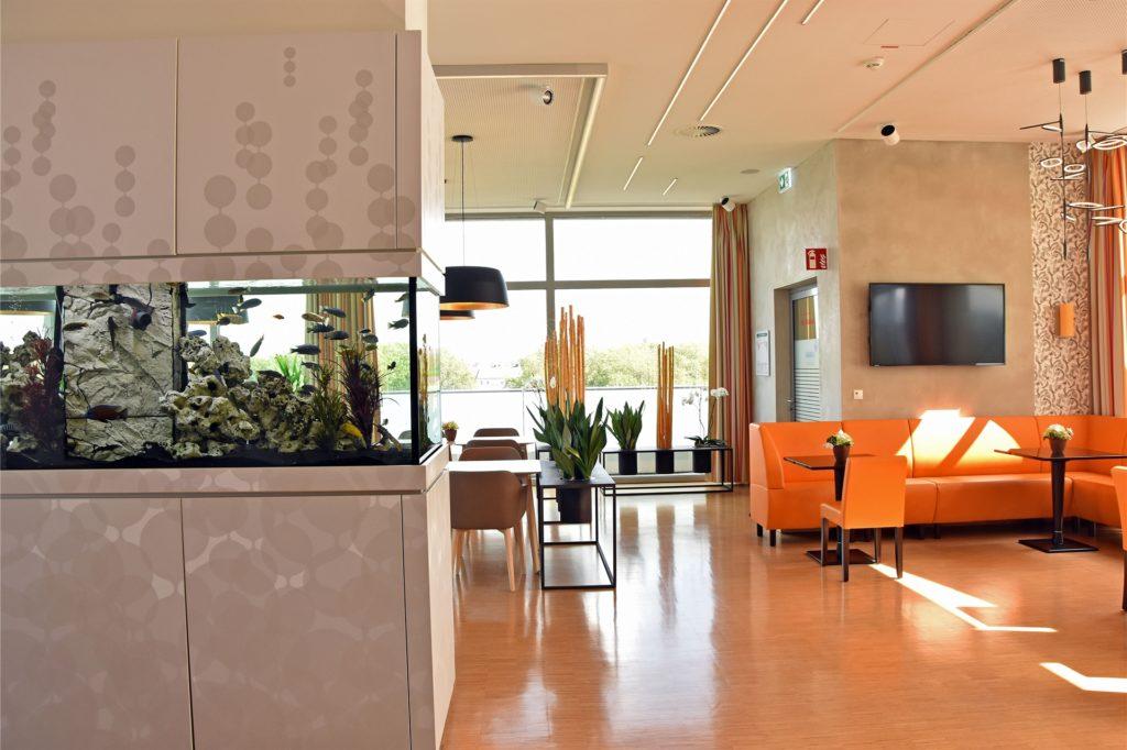 Wie in einem Fünf-Sterne-Hotel geht es auf der Luxusstation im St.-Josefs-Hospital zu.