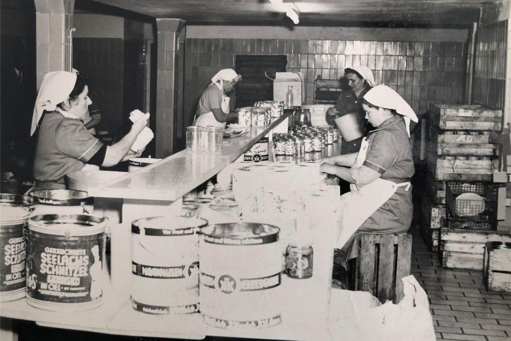 Alte Fotos zeigen, wie es in der Feinkostfabrik Kürpick aussah.