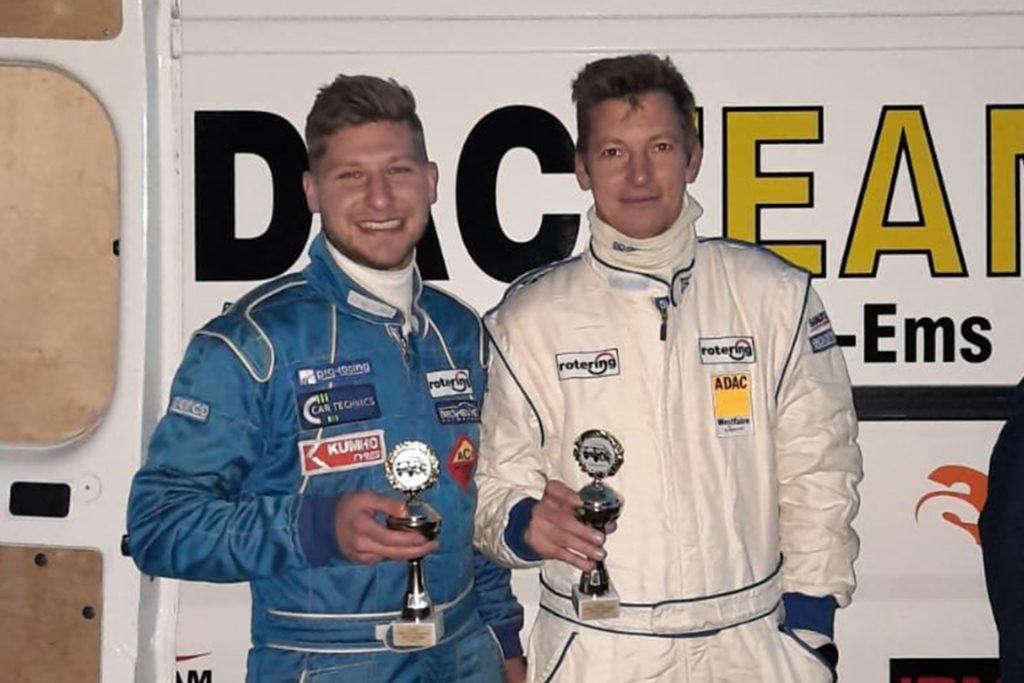 Nach technischen Problemen im ersten Lauf sicherten sich Niklas (l.) und Guido Möller im März in Niedersachsen schon den ersten Podestplatz.