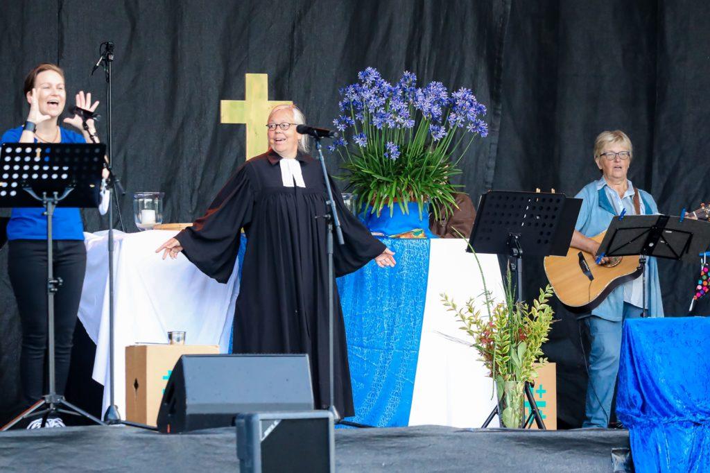 Der Schwerpunkt beim Gottesdienst im Autokino lag auf dem gemeinsamen Singen.