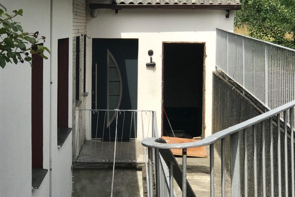 In diesem Bungalow ist ein 34-jähriger Pole offenbar mehrere Tage lang gefoltert worden.