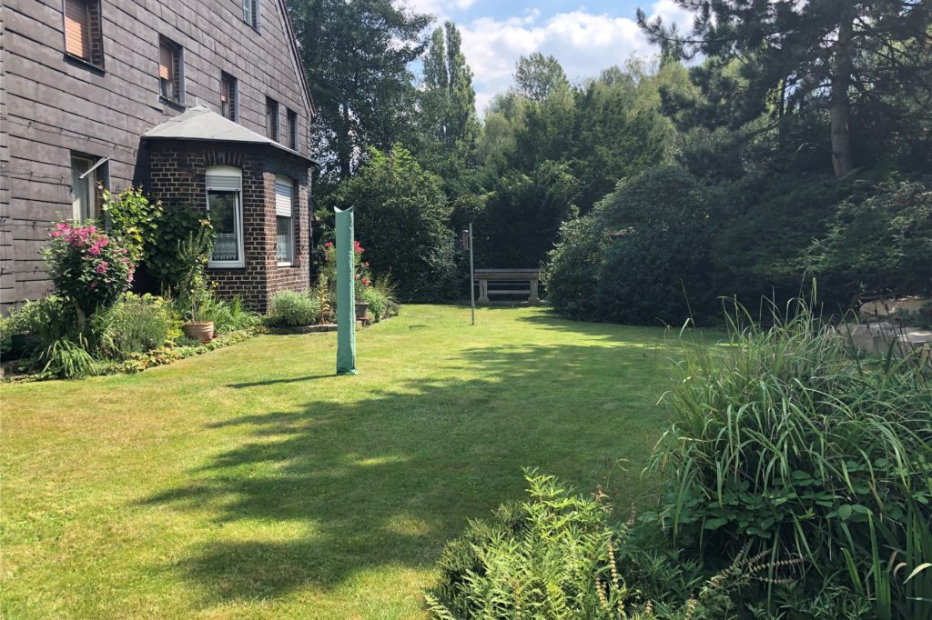 Seine Wissen über Gärten hat Jan Bormann bereits in seiner Kindheit erhalten. Er hat oft bei Arbeiten im Nutzgarten geholfen.
