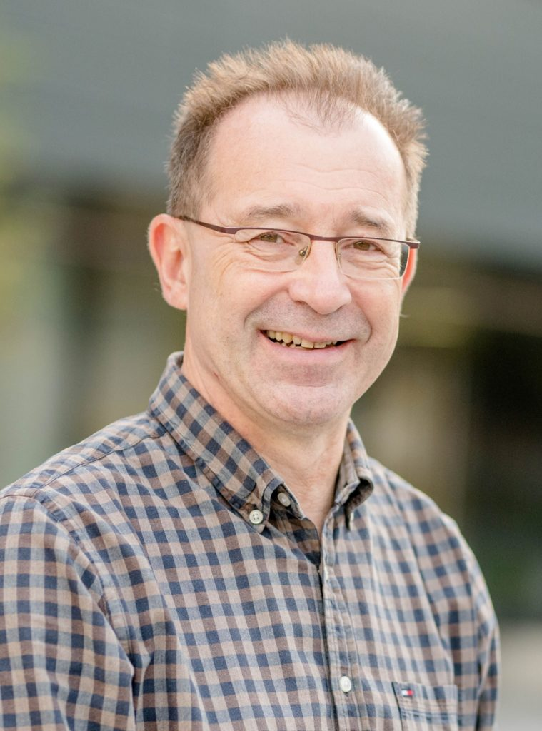 Jörg Bogumil ist Professor für Politikwissenschaft / Öffentliche Verwaltung, Stadt- und Regionalpolitik an der Ruhr Universität Bochum
