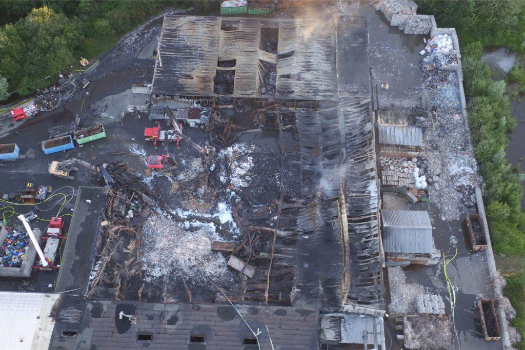 Bei dem Brand in der GWA-Recyclinganlage im Juli 2018 halfen die Bilder aus der Luft, um den Brandherd zu lokalisieren.