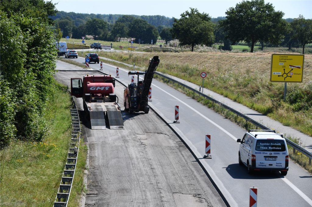 Die Baustelle an der B 235 in Olfen soll bis in den September hinein dauern. Die Straße ist in Fahrtrichtung Datteln einseitig gesperrt.