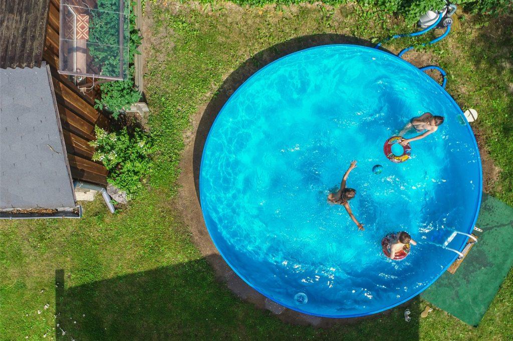 Diese Pools haben für die Kleingärtner in Castrop-Rauxel nichts auf dem Rasen verloren.