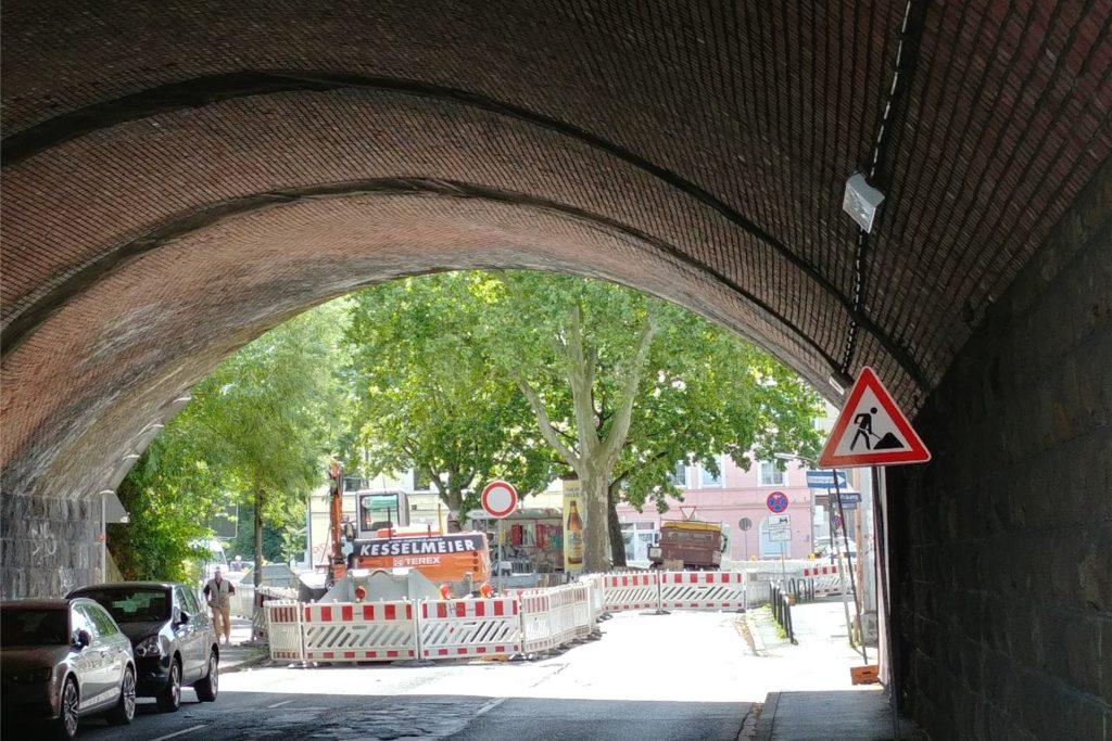 Auch der Tunnel zur Benninghofer Straße ist inzwischen gesperrt.