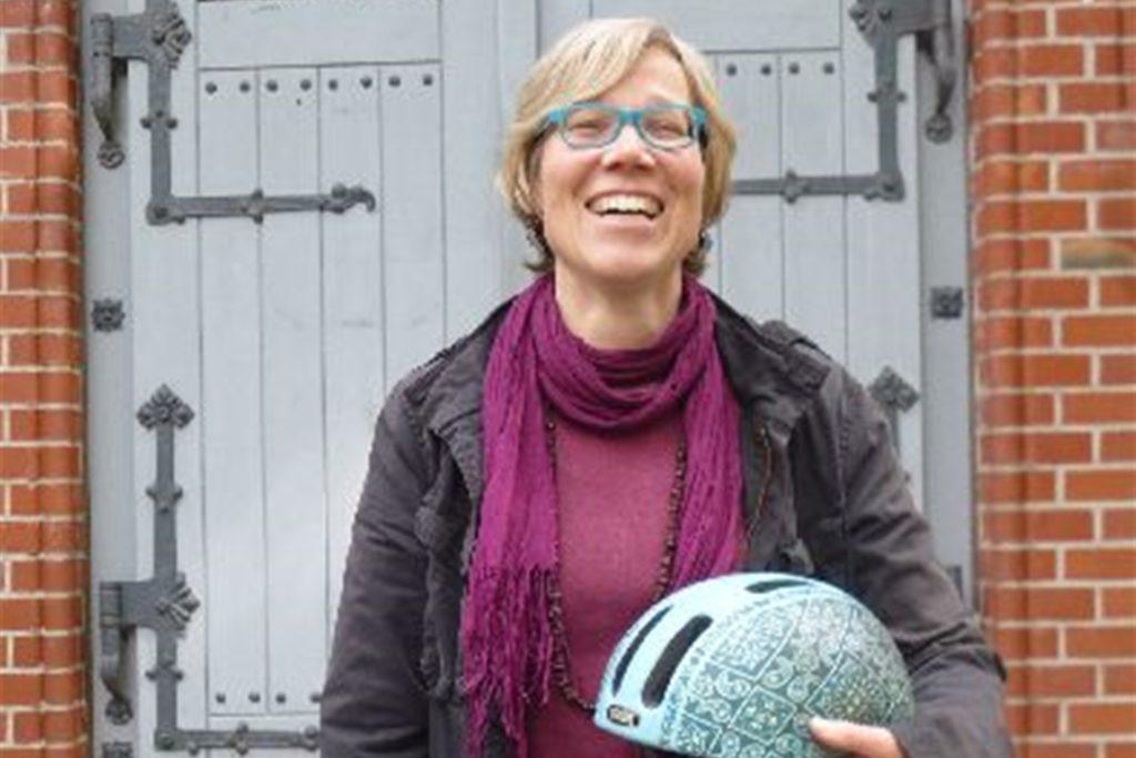 30.000 Kilometer in Lünen mit dem Fahrrad unterwegs: Pfarrerin Dr. Katrin Stückrath.