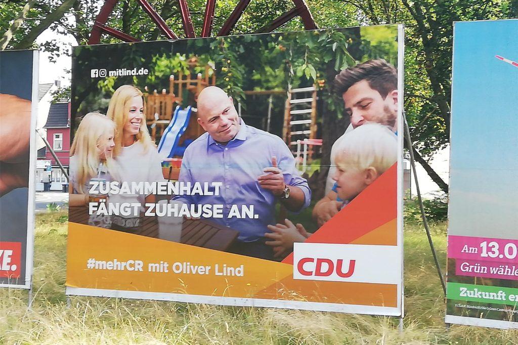 Auch wenn das Motiv ein konservatives Familienbild zeigt, so gibt die CDU genügend Hinweise darauf, wo man mehr erfahren kann über Oliver Lind und die Partei.