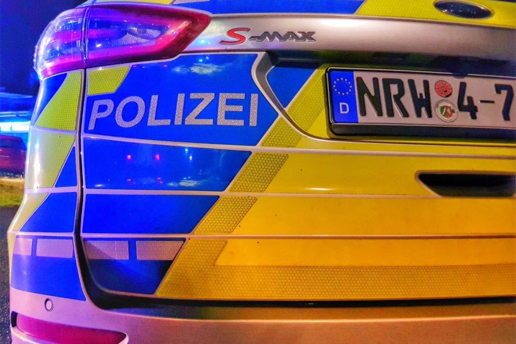 Die Polizei rückte mit zahlreichen Beamten zum Einsatz aus.