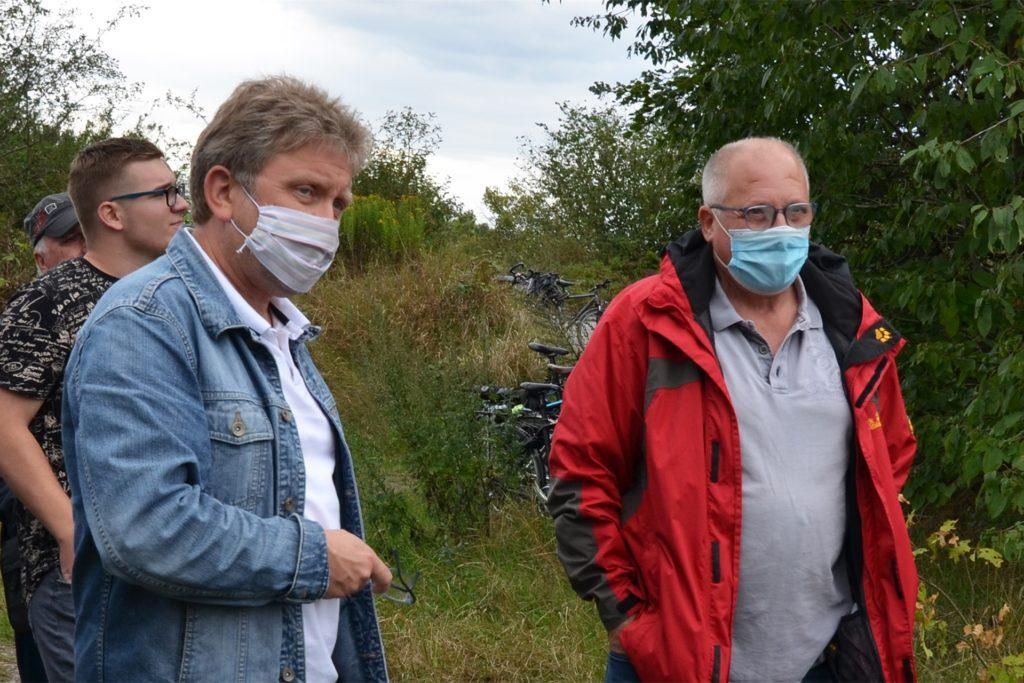 Der Waltroper SPD-Ratsvertreter Frank Kwiatkowski und sein Fraktionsvorsitzender Detlev Dick argumentieren vehement für die Umsiedlung der Firma Langendorf.