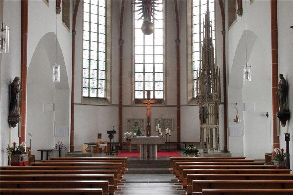Ein Blick in der Ludgerus-Kirche in Heek, in der der Kirchenmusiker ein knappes Jahr die Orgel spielte