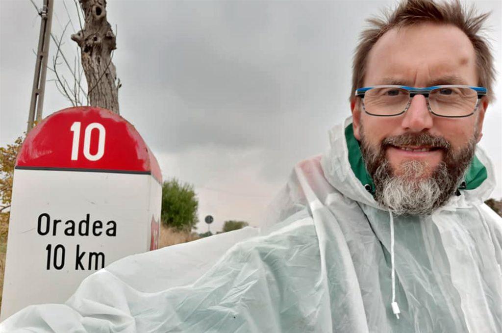 Vor exakt einem Jahr erlief Küster Rainer Pag auf seinem Freundschaftslauf nach Oradea 14.000 Euro an Spenden.