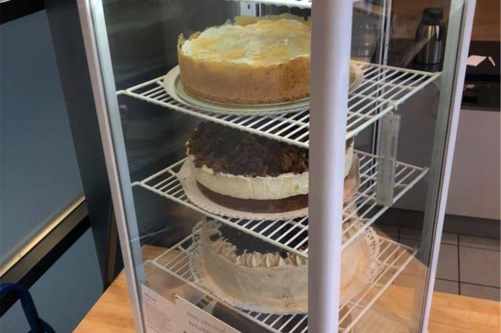 Alle Kuchen und Torten werden von Doris Hartmann selbstgebacken.