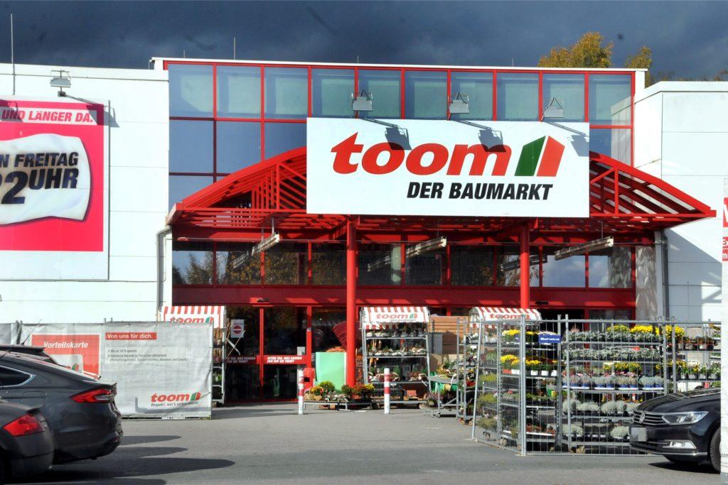 Der Toom-Baumarkt an der Schützenstraße, der im Jahre 1998 eröffnet wurde, wird umgebaut.
