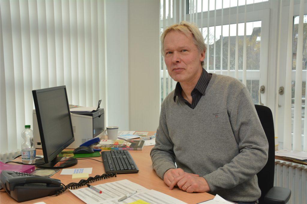Ulrich Wessel, Leiter des Joseph-König-Gymnasiums, organisierte am Wochenende die Vorsichtsmaßnahmen nach Bekanntwerden eines Coronafalls.
