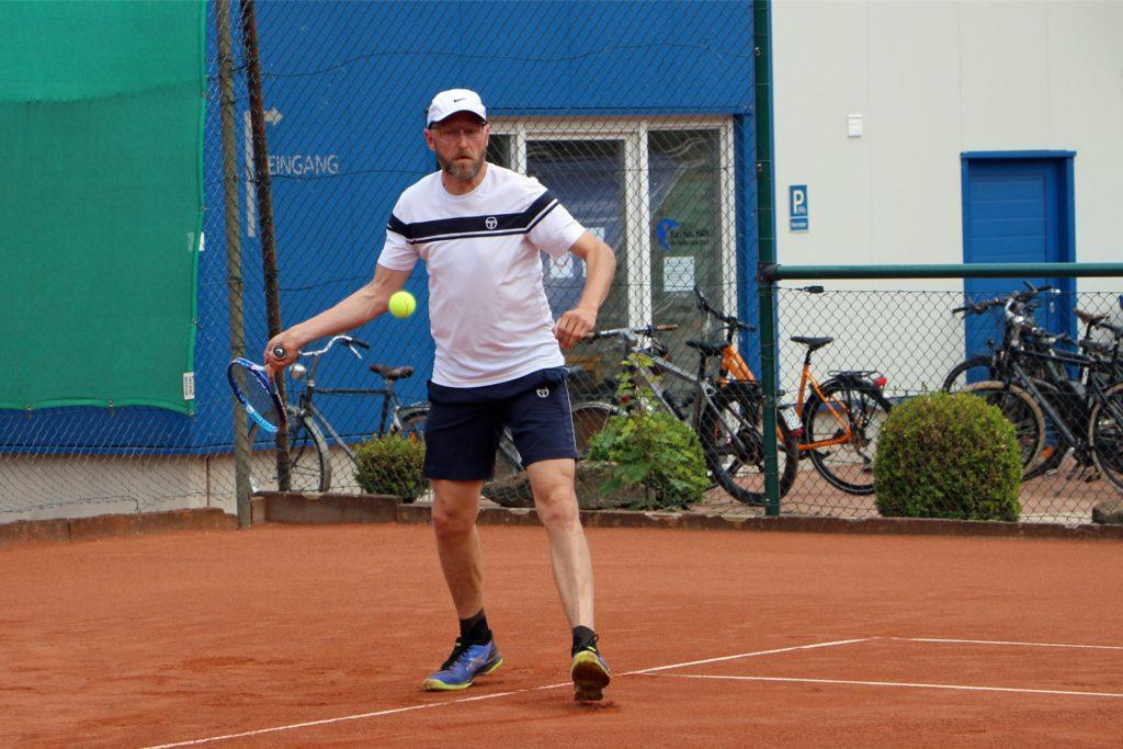 Auf der Außenanlage des TV BW Stadtlohn ist das Tennisspielen weiter möglich. Dieses Bild stammt aus der Sommersaison.