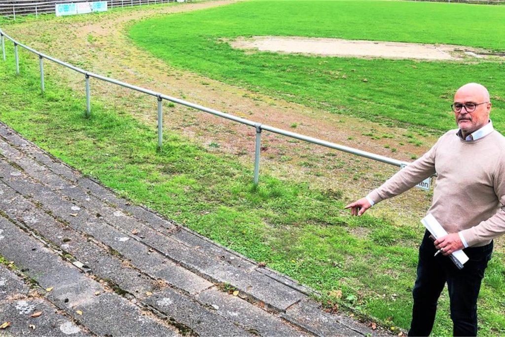 Dr. Manfred Kesper setzt sich schon lange dafür ein, dass die Sportanlage saniert wird.
