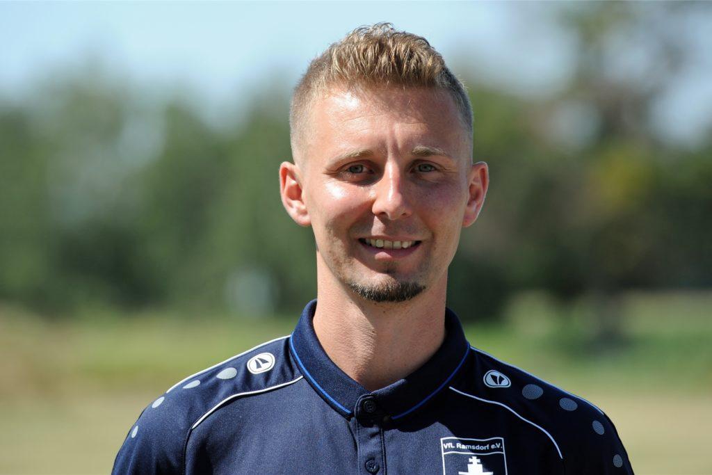 Die Ausrüstung des VfL Ramsdorf trug Mike Börsting nur wenige Wochen.