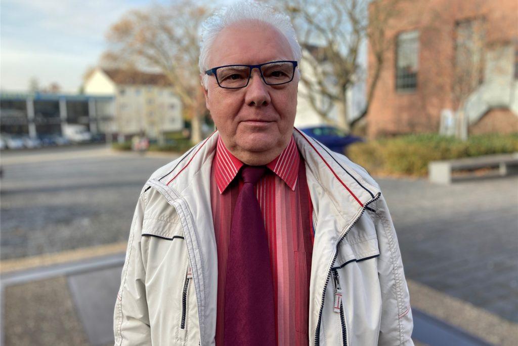 Peter Spineux ist 66 Jahre alt und Rentner. Die CDU nominiert den Kirchlinder für das Amt des 1. stellvertretenden Bezirksbürgermeisters von Dortmund-Huckarde.