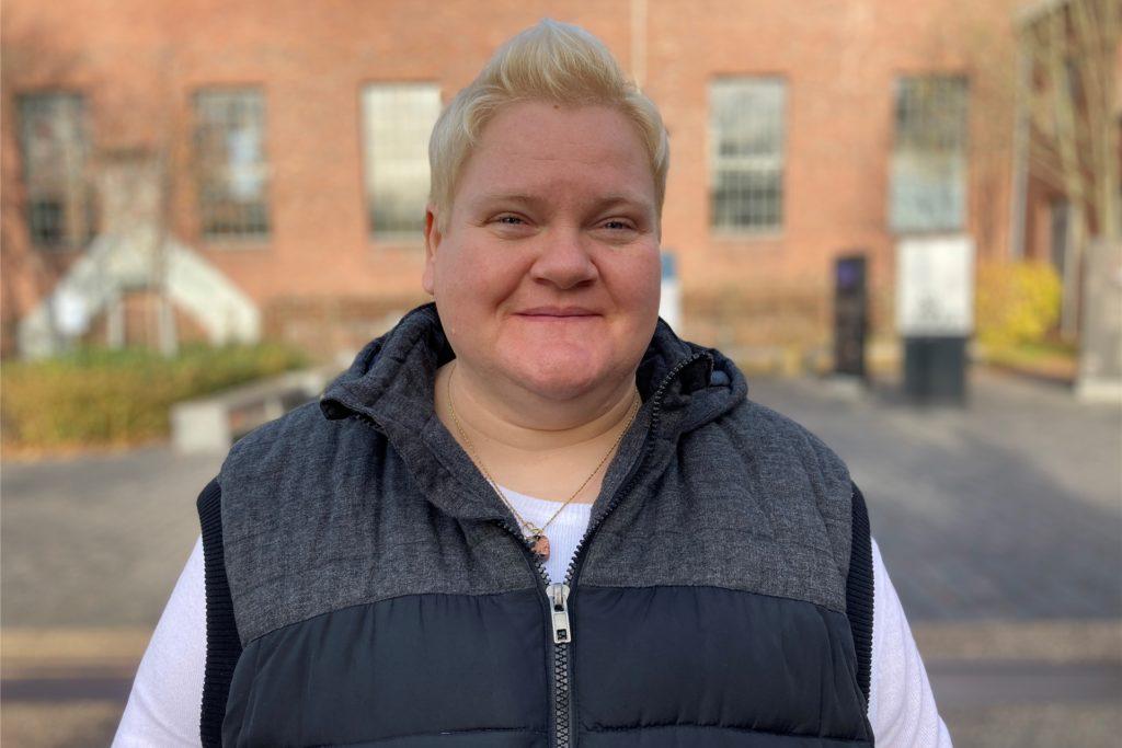 Claudia Brückel ist 47 Jahre alt, Vertriebsassistentin und Mitglied in der CDU-Fraktion der Bezirksvertretung Huckarde.