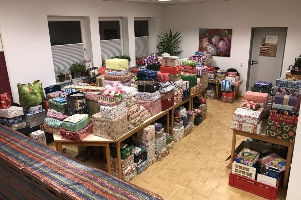 400 Päckchen gingen im vergangenen Jahr bei der Ahauser Tafel als Spende ein. Diese Zahl möchte man auch in diesem Jahr erreichen.