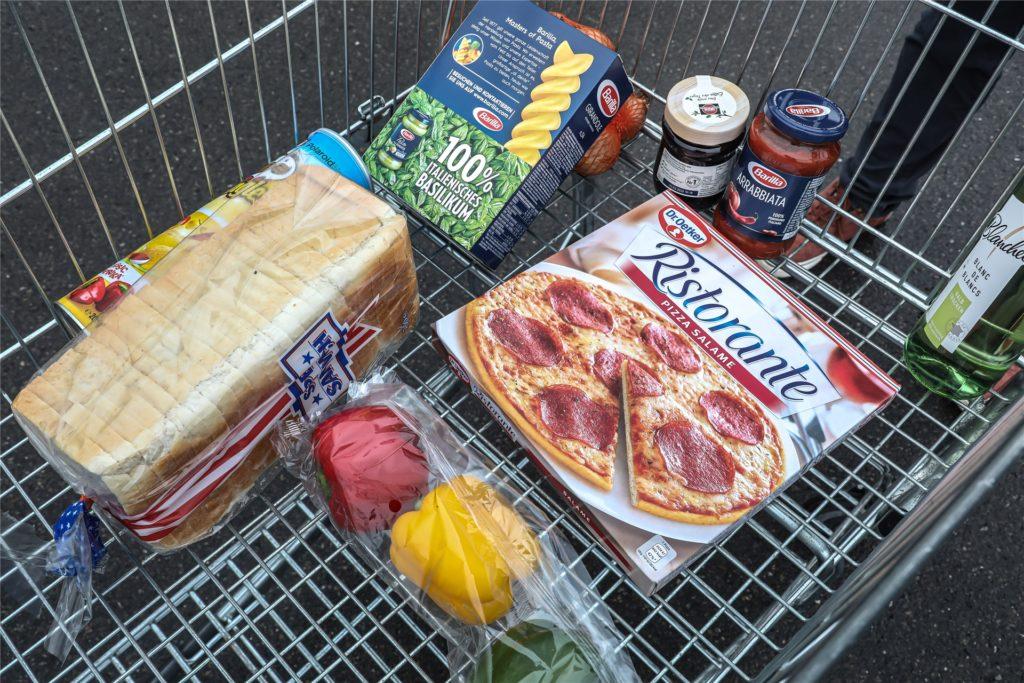 Toast, Paprika, Pizza - für unseren Testeinkauf stellten wir eine bunte Auswahl zusammen.