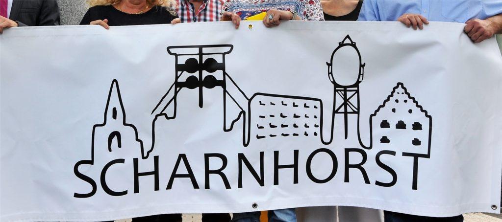 Wahrzeichen des Stadtbezirks Scharnhorst sind (v.l.) die Kirchen, die Zeche Gneiseau, der Wohnungsbau in Scharnhorst-Ost, das Lanstroper ei und das Haus Wenge. Doch wer wird Bezirksbürgermeister?