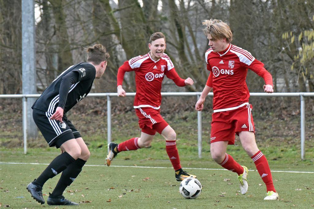 Andre van den Berg (r.), hier bei einem seiner letzten Landesliga-Einsätze für Eintracht Ahaus.