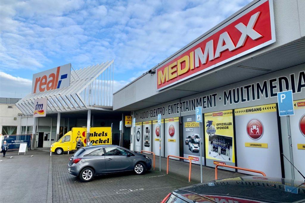 Während auch schon Filialen geschlossen wurden - etwa in Duisburg - sucht Medimax für den Fachmarkt in Dortmund-Aplerbeck derzeit nach einem Franchise-Partner, der das Geschäft weiterführt.