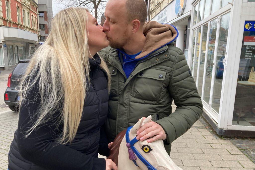 Angelina Przechomski und Thorsten Klein sind auch heute noch so verliebt wie vor sieben Jahren.