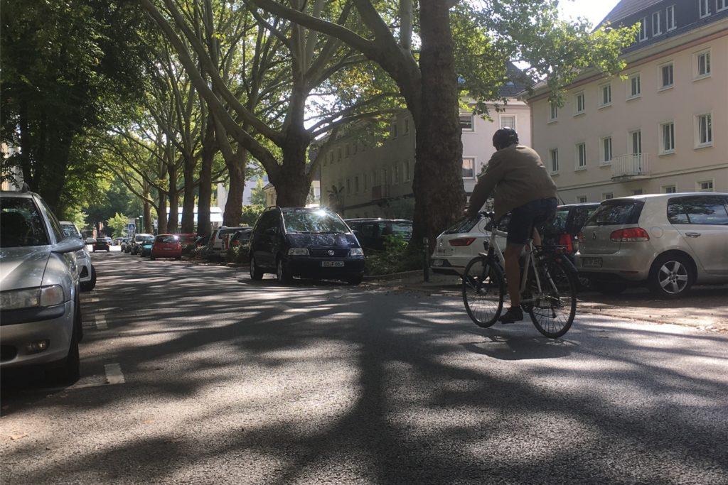 Die Große-Heim-Straße im Kreuzviertel soll zur Fahrradstraße werden - und damit das erste Teilstück des Radschnellwegs Ruhr in Dortmund.