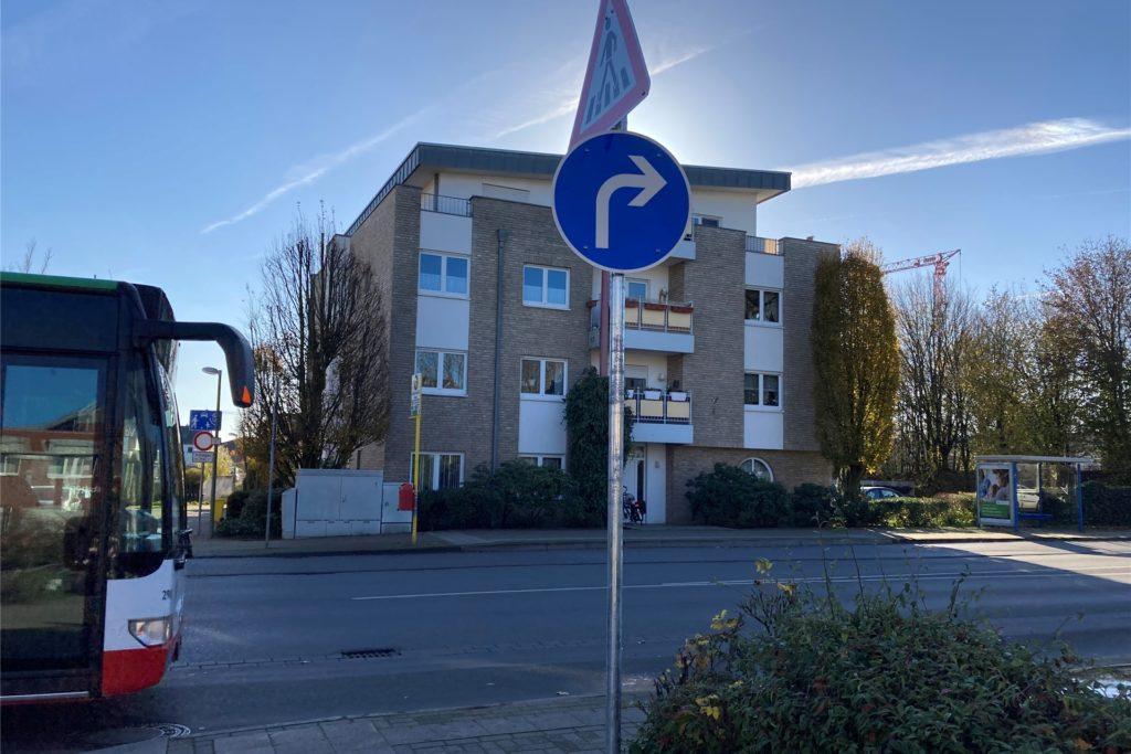 Neue Verkehrsregelung Schule-Delitzsch-Straße