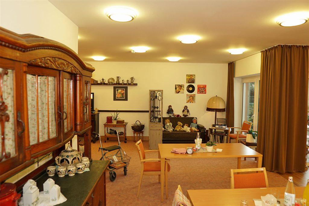 Der Raum mit den alten Einrichtungsgegenständen, die Erinnerungen wecken sollen.