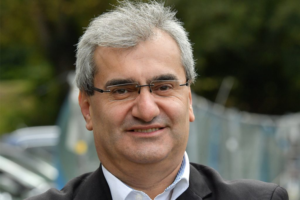 """Imdat Acar ist Vorstand des Lüner SV und Schirmherr von """"Lünen setzt ein Zeichen für Respekt und Toleranz""""."""