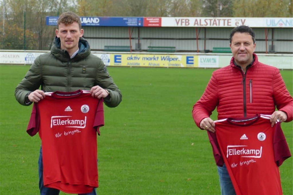 Gemeinsam mit Dirk Haveloh (r.) wird Niklas Hilgemann den VfB Alstätte trainieren.