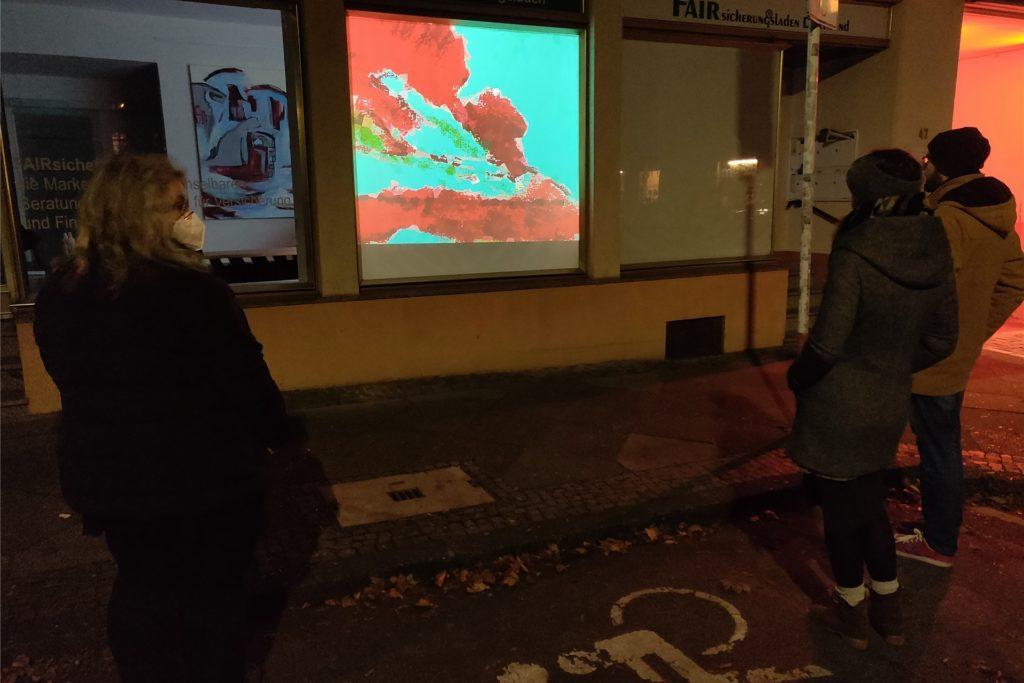 Lichtinstallation von Claudia Quick, zu sehen am Kunstort Ruhr, Humboldtstr. 47